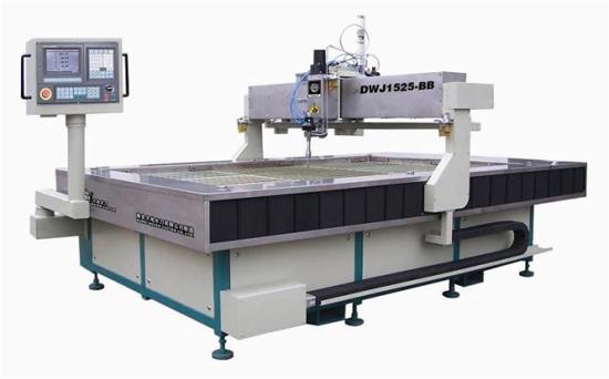 An toàn lao động khi sử dụng máy cắt gọt tổng hợp