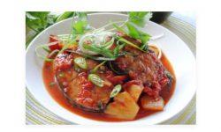 Cách nấu cá ngừ kho dứa thơm ngon ăn với bún [ KHÔNG TANH ]